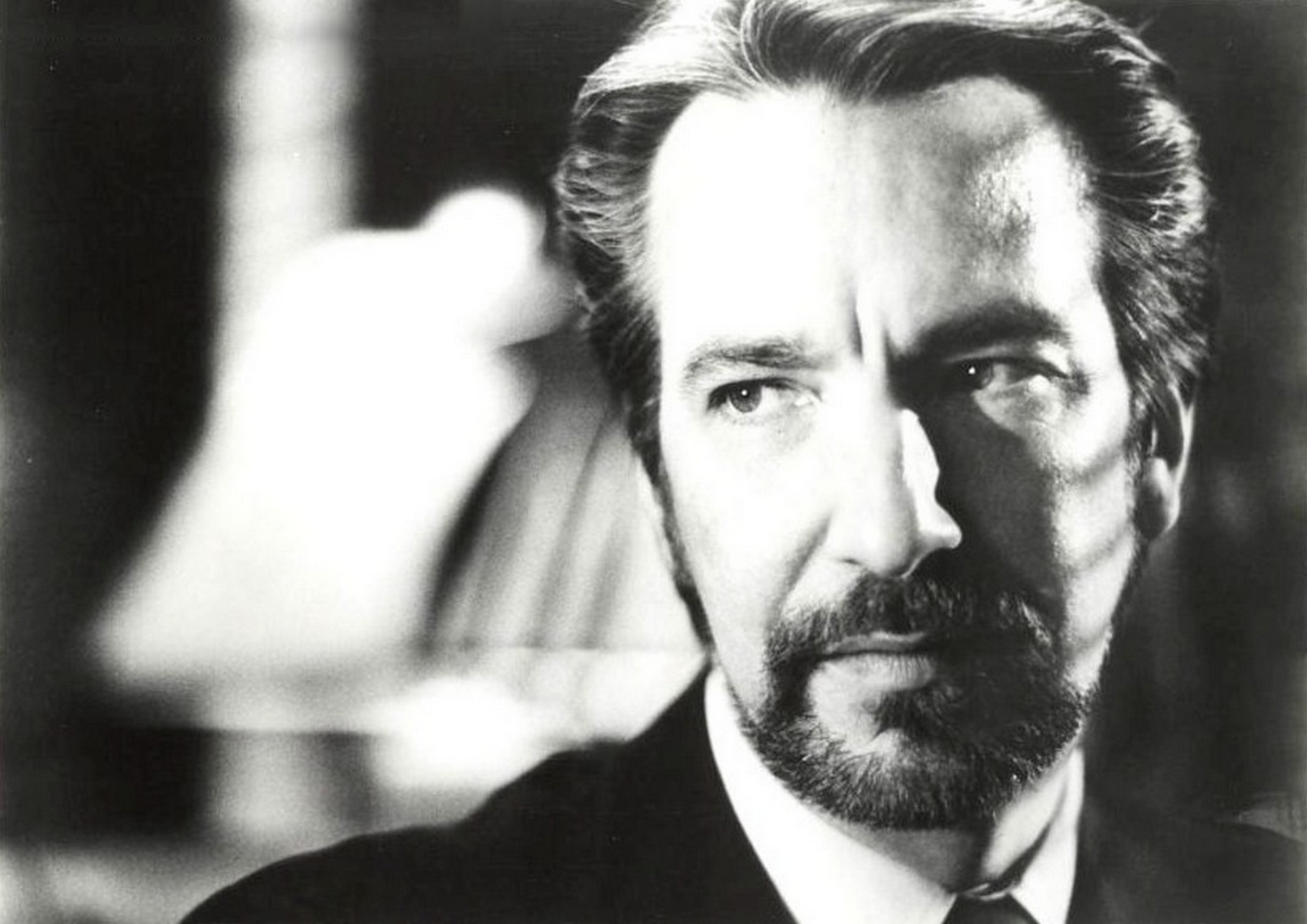 Hans-in-black-white-hans-gruber-8625230-1902-1345.jpg